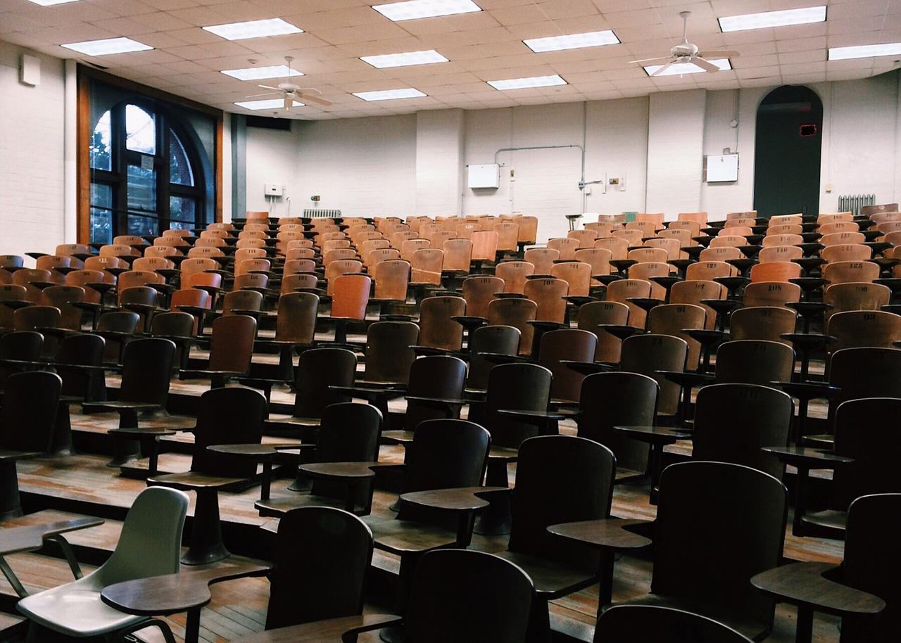 Картинка из статьи Как проходит экзамен ФСФР?